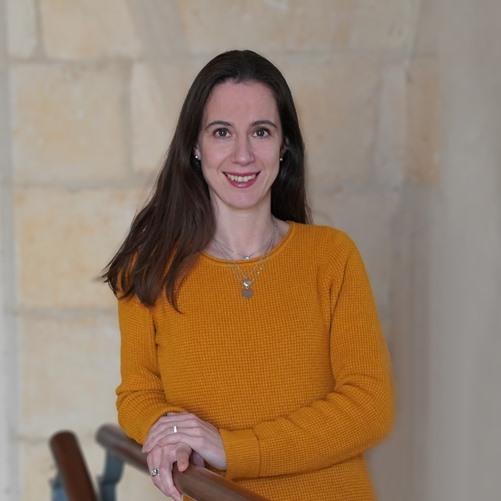 ANNE PONCHON</p> <p>Chargée de projet web